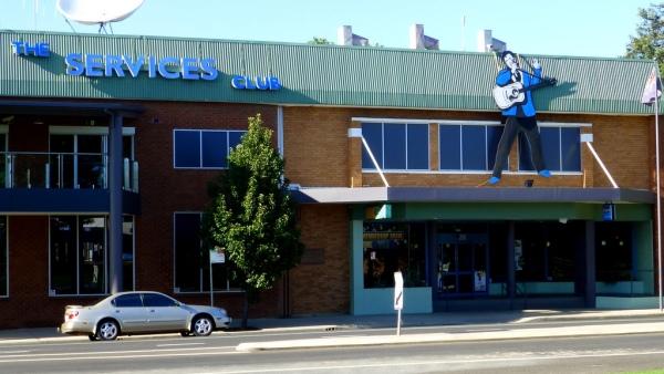 The Parkes Services Club
