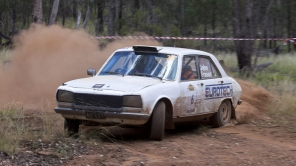 3rd OR: Andy Crane and John Fraser, 1970 Peugeot 504 Ti