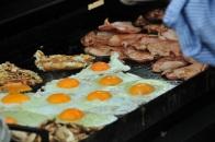 Breakfast in Broken Hill