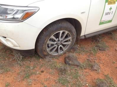 SS22 MIV flat tyre