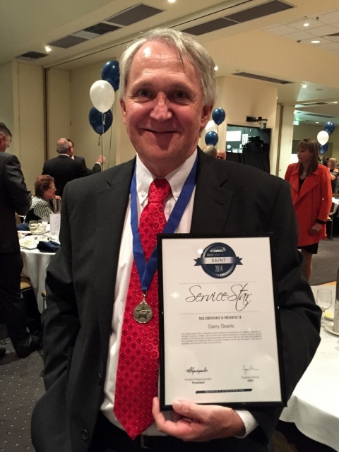 Garry Searle, with is CAMS Service Star and citation.