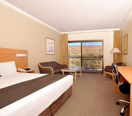 ASPDA_King_Guest_Room_with_View_1
