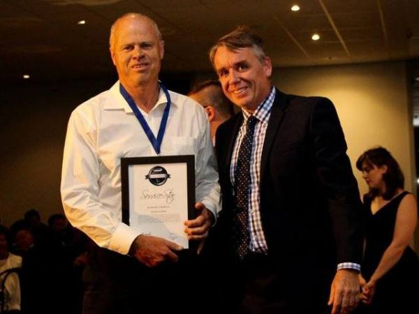 Graham Wallis and Norm Gowers, a CAMS Board member, at the 2015 CAMS Victorian Motorsport Awards