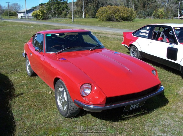 Bruce's track going 240Z... Pic by Wozzle