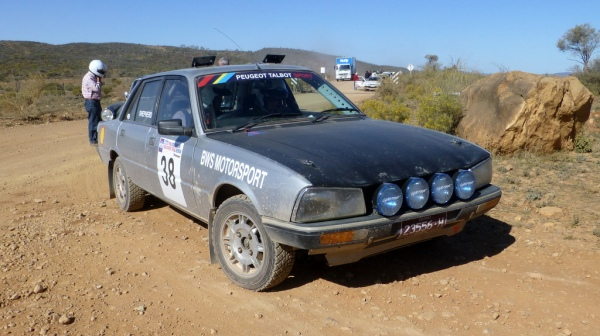 Tim and Bruce lined up in the Peugeot 505 at Arkaroola on the State Bank Rerun.