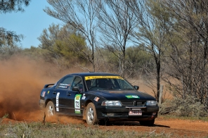 COT16 1st Regularity: Debra McCormack and Leonie Kerr, 1999 Mitsubishi Magna