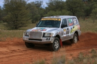 COT16 3rd Cross Country: Murray Young and Paul McBean, 2002 Mitsubishi Pajero NM